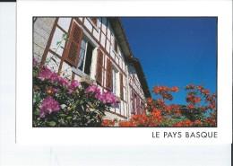 LE PAYS BASQUE FACADES TYPIQUES - Non Classés