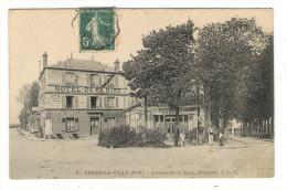 SEINE-ET-MARNE  /  COMBS-la-VILLE  /  AVENUE  DE  LA  GARE , DEPART  ( Restaurant ABEL ) /  Edit.  J.L.C.  N° 5 - Combs La Ville