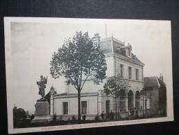 BOURBON LANCY - 71 -  Hôtel Des Postes Et Monument Des Anciens Combattants De 1870 - CPA - - Autres Communes