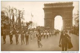PARIS - 75 - CARTE PHOTO - Américan Légion - Défilé Arc De Triomphe - Arc De Triomphe