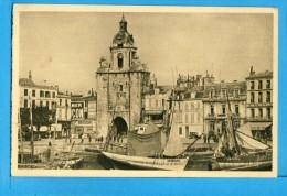 CP, 17, LA ROCHELLE, La Tour De La Grosse Horloge, Voyagé - La Rochelle