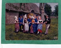 """""""L'Assemblée Du Pays Normand"""" En Dansant La """"Gigouillette"""" Costumes Paysans & Bourgeoisie Rurale De 1850 En Pays De Caux - France"""
