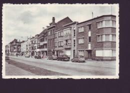 MIDDELKERKE - Avenue Cyrille  De Groote  - Autos  // - Middelkerke