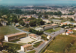JONZAC (17) - Vue Aérienne Sur Le C.E.S. - Jonzac