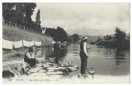 VICHY (Allier) - Beau Plan Sur Les Pêcheurs Aux Bords De L'Allier - Animée - Vichy