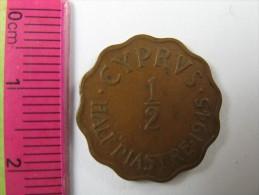 CYPRUS  1/2 HALF   PIASTRE  COIN 1945 NICE   LOT 14  NUM 6 - Chypre