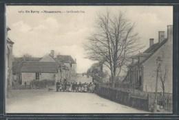 - CPA 18 - Massoeuvre, La Grande Rue - Autres Communes