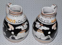 2 Petits Pichets à Huile Et Vinaigre - Ceramics & Pottery