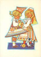 Folk Costumes And Cat, Estonia Postcard - Estonia