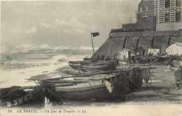 Pas De Calais - Ref A410  - Le Portel - Un Jour De Tempete   - Carte Bon Etat - - Le Portel