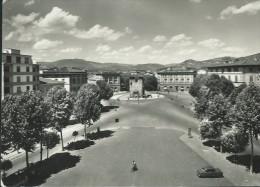 FIRENZE- PIAZZA  BECCARIA- MINIMAMENTE  ANIMATA- VIAGGIATA-1955 - Firenze