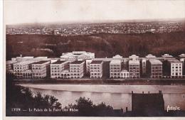 23590 LYON Le Palais De La Foire Coté Rhone L.A Carte Postale Artistique