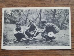 Philippines - Guerriers Au Repos -  Anno 1930 ( Zie Foto Voor Details ) !! - Philippines