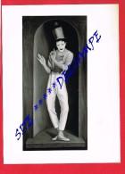 """Artiste Peintre...  ANDRÉ QUELLIER - Photo Du Tableau """" BIP PAPILLON """" Photographe CAILLET Fils De PARIS IXe - Reproductions"""