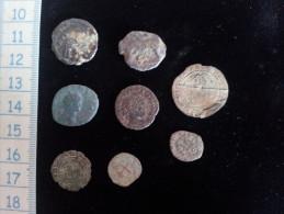 Petit Lot De 7 Monnaies ; 2 Romaines, 2 Gauloises,3 Royales A Identifier - Lots