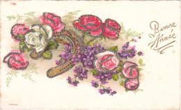 Carte Mignonette Ancienne - Fleurs - Fer à Cheval - Roses - Paillettes - Bonne Année - Fantaisies