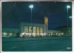 GARES - CLERMONT FERRAND 63  - La Gare De Nuit - - CPSM CPM 1984 - Puy De Dôme - Stations - Zonder Treinen