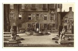 Cp, Ecosse, Glamis Castle, Dutch Gardens - Angus