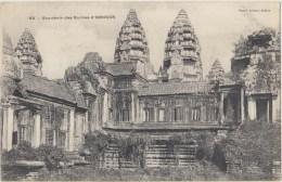 Cpa Asie Cambodge  Souvenir Des Ruines D Angkor - Cambodge