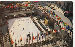 P4269 Rockefeler Plaza Skating Rink    New York City   USA Front/back Image - Places & Squares
