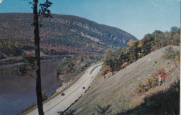 P4246 Autumn At Delaware Water Gap  Us Highway 611  USA Front/back Image - Autres