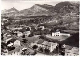Eyguians - Le Centre Du Village - Andere Gemeenten