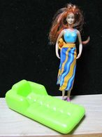 Barbie McDonald's 2001 : Barbie Bain De Soleil Avec Matelas Pneumatique (16cm) - McDonald's