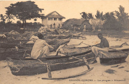 ¤¤   -  GRANDE-COMORE  -  Les Pirogues à Mitsamiouli - Edité Par La Ste Cie De Bambao     -  ¤¤ - Comoros