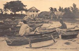 ¤¤   -  GRANDE-COMORE  -  Les Pirogues à Mitsamiouli - Edité Par La Ste Cie De Bambao     -  ¤¤ - Comores
