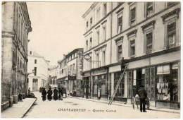 Chateauneuf - Quartier Central (homme Sur échelle) - Chateauneuf Sur Charente