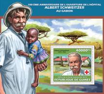 Gu13601b Guinea 2013 Albert Schweitzer Nobel Peace Prize Red Cross S/s - Albert Schweitzer