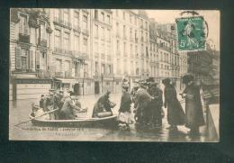 Inondation De Paris - Janvier 1910 - Quai Des Grands Augustins - Un Sauvetage ( Animée Vandenhove) - Alluvioni Del 1910