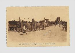 CPA  ANGEOR   - Les éléphans     / FRANCE  Obl.1923    Arr. PARIS - Used Stamps