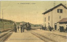 83 - CARQUEIRANNE - LA GARE TRAIN ANIMEE - SUPERBE - Carqueiranne
