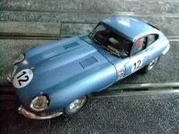 SCALEXTRIC  JAGUAR  E      SIN MOTOR - Circuits Automobiles