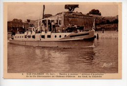 REF 173  : CPA 17 Ile D'Oleron Navire à Moteur Alienor D'aquitaine De La Cie Oléronnaise - Ile D'Oléron