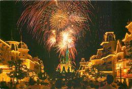 Fireworks, Main Street, Disneyworld, Florida USA Postcard Used Posted To UK 1986 Stamp - Disneyworld