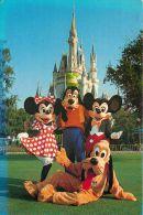 Mickey Mouse Minnie Goofy Pluto Cinderella Castle, Disneyworld, Florida USA Postcard Used Posted To UK 1988 Stamp - Disneyworld