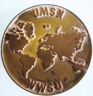 MEDAILLE SUISSE PAR HUGUENIN U.MS.N. ET W.W.S.U. UNION SPORTIVE SKI NAUTIQUE ? CONFEDATION ? SPORT JURY - Jetons & Médailles