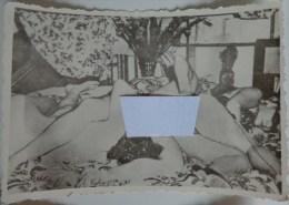 PHOTO PORNOGRAPHIQUE 1960 SODOMIE C  2 FEMMES ET UN HOMME - Nus Adultes (< 1960)