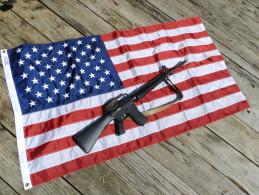 BEAU DRAPEAU U.S.A. --  VETERANS COREE + VIETNAM + WW.2