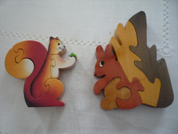 Lot  D' Ecureuils De Collections En Bois Puzzle - Oiseaux