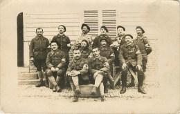 Carte Photo - Service De Santé Des Armées - Groupe D'Infirmiers Et De Brancardiers - 24 Août 1918 - Voir 2 Scans - Guerre 1914-18