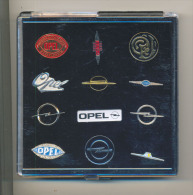 OPEL Opel Pin Badge Collection 12 Pieces In A Plastic Box Jubilee Edition Limited And Rare! - Voitures