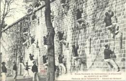 Ecole Normale De Gymnastique Et D'Escrime De JOINVILLE-LE-PONT - Redoute De La Faisanderie - Assaut Du Rempart - Gimnasia