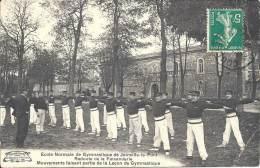 Ecole Normale De Gymnastique De JOINVILLE-LE-PONT - Redoute De La Faisanderie - Mouvements Faisant Partie De La Lecçon.. - Gimnasia