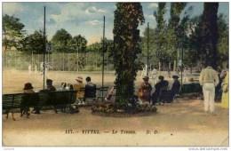 CPA, Vosges, Vittel, Le Tennis-animée,couleur - Vittel Contrexeville