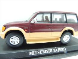 X MITSUBISHI PAJERO   DEL PRADO CAR COLLECTIONS 1/43 BASETTA DEDICATA NO BOX - Automobili