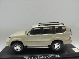 X TOYOTA LAND CRUISER  DEL PRADO CAR COLLECTIONS 1/43 BASETTA DEDICATA NO BOX - Automobili