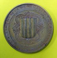 29-IX-1977 Restabliment De La Generalitat De Catalunya Revers Joan Carlesi Rei D'Espanya 69 Grammes Diamètre  5cm - Royal/Of Nobility